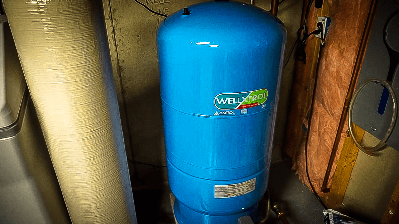 Choose The Right Size Water Tank For Your Home  - Switch Bathroom