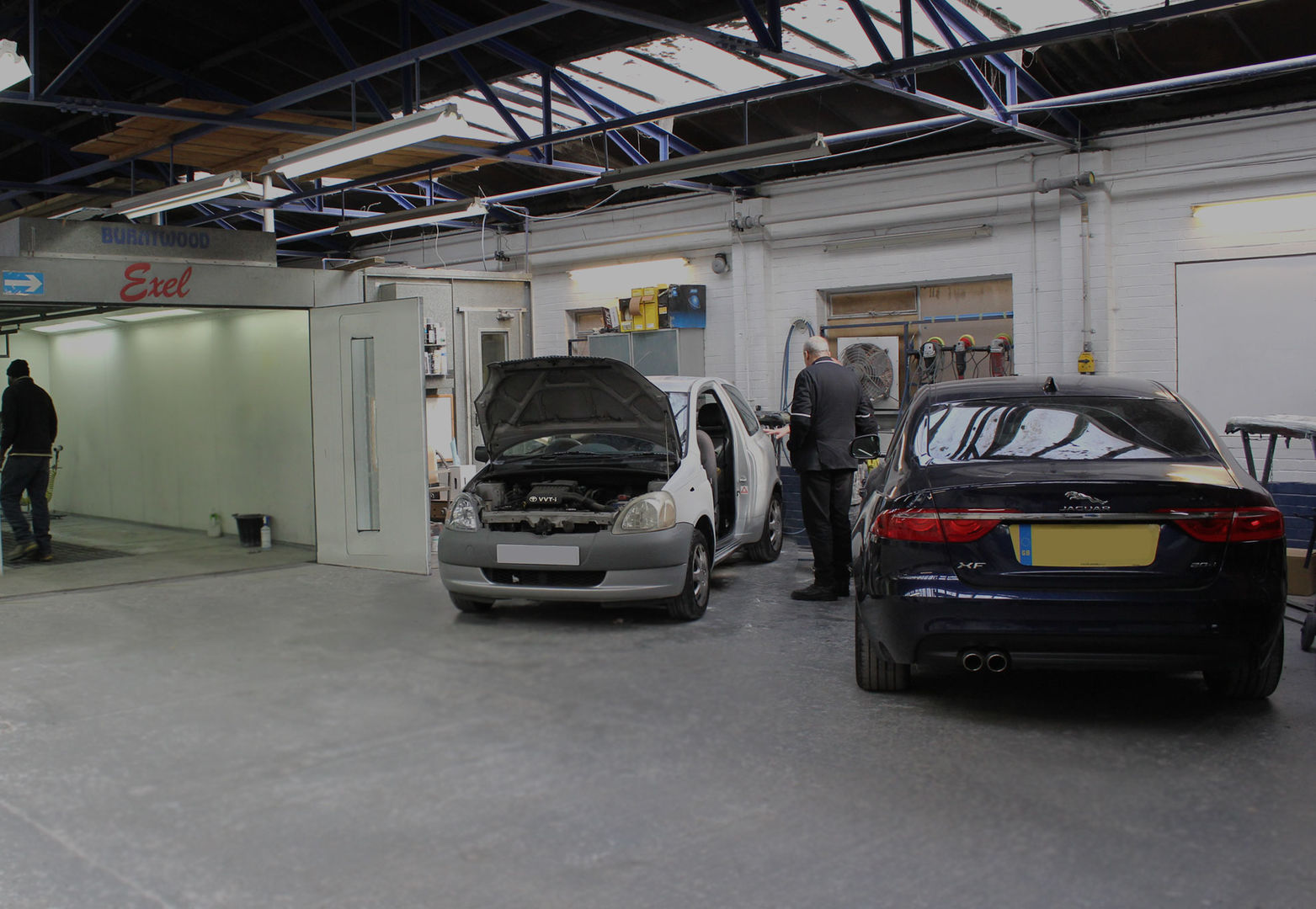 Car Body Repairs Central Molesey | Car Body Work Shop | West | East Molesey | Accident Repair Centre - Molesey ARC