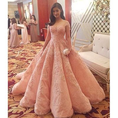 Elelgant Off The Shoulder Sweep Train Puffy Blush Vestidos de Quinceanera Satin Beading and Appliques