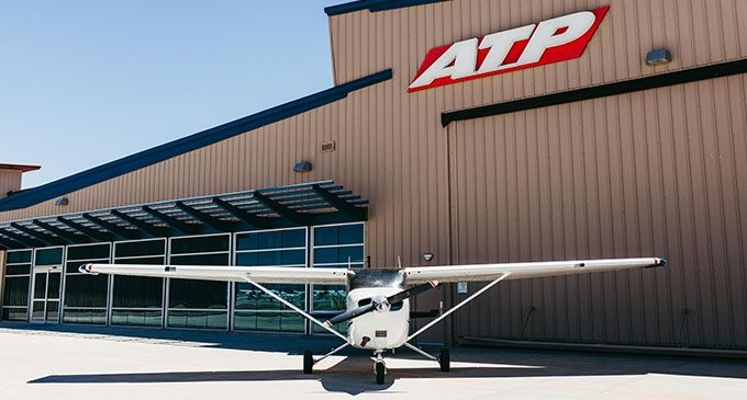 Textron Aviation, ATP Flight School expand agreement for 100 Cessna Skyhawk   Training