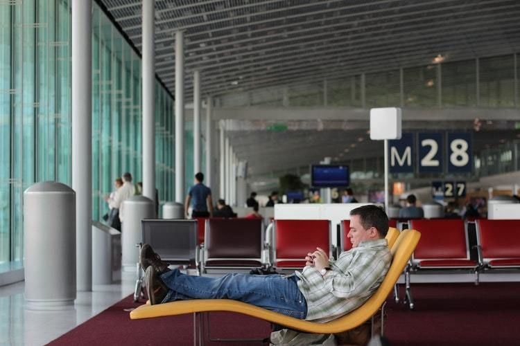 How to Avoid Parking Hassles at the Airport