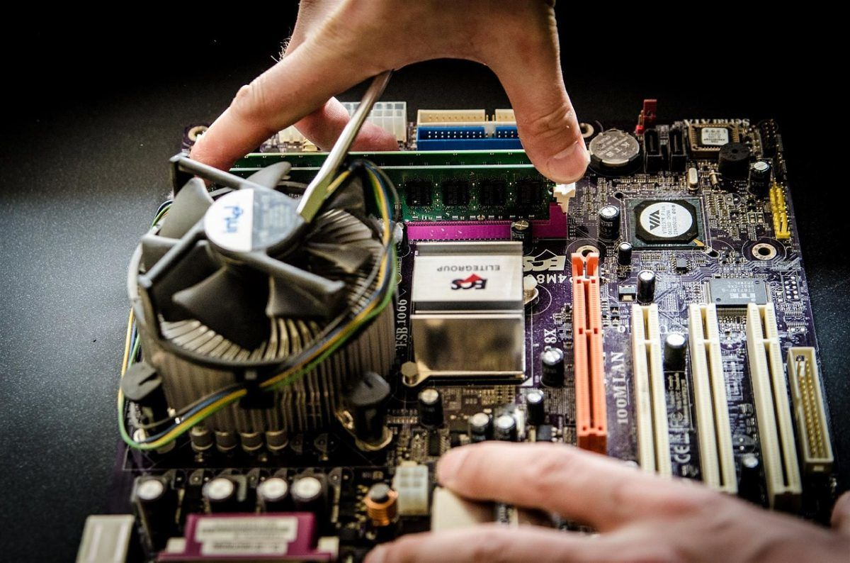 Utilizing Computer Repair Services for Small Business | Rubix Blog
