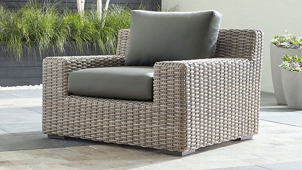Furniture to Kick Back In: Types of Lounge Chairs