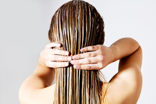 The 12 Best Sulphate Free Shampoos In India For Healthy & Long Hair