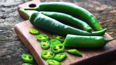 Here's how green chillies can help you lose weight