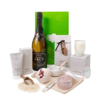 Send Gifts to australia Online | Gifts Delivery to australia - MyFlowerTree