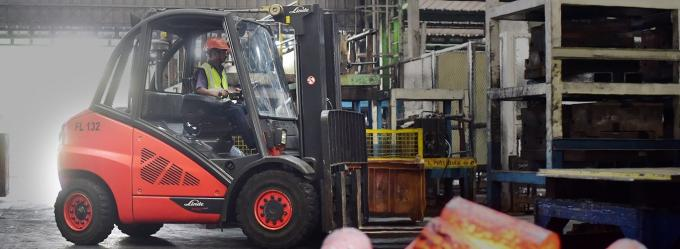 Linde Material Handling and Warehouse Handling %