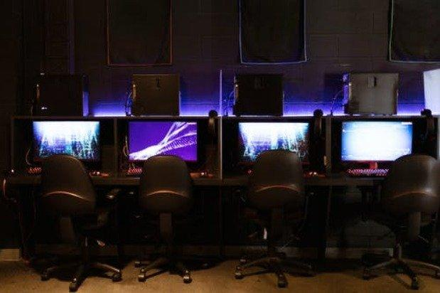 Should You Get An Office Chair or A Gaming Chair