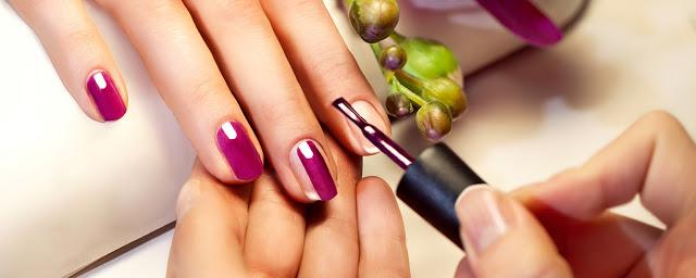 Advantages of Opting For Gel Nails Extension in Kolkata
