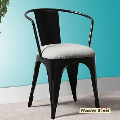 Get different size of cafe chairs at Wooden Street