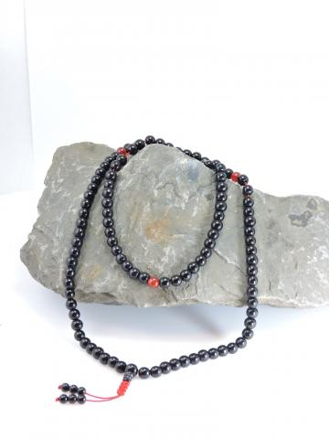 Onyx mala 108 beads with silk pouch