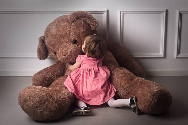 Giant Teddy Bears: Kids & Adults Will Love Them