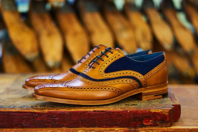 Mcclean - Men's Handmade Leather Oxford Brogue Shoe By Barker