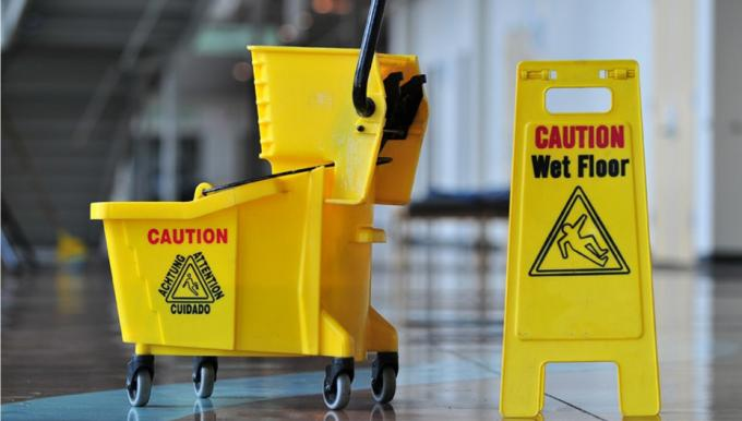 Commercial Office Cleaning Tips for Business Owners