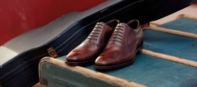 Schubert - Men's Handmade Leather Oxford Shoes By Barker