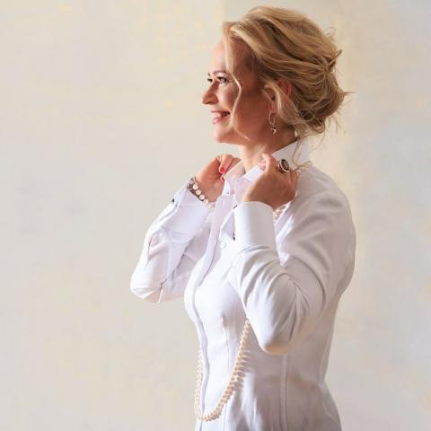 Best Women's French Cuff Shirts | Ella Hopfeldt