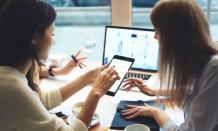 6 Reasons to choose custom software - Novateus