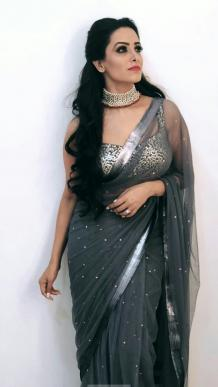 Tips To Buy Modern Party Wear Sarees Online