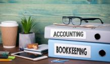 A Real Difference Between A Bookkeeper and An Accountant for Small Business