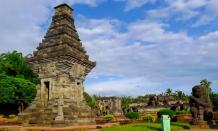 Candi Penataran, wisata sejarah beraroma mistis berselimut romantisme di Blitar