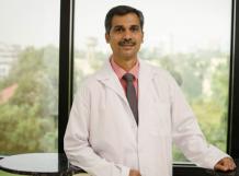 Dr. Shailesh Naik: Laparoscopic Surgeon in Pune - Deccan Clinic