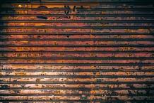 5 GARAGE DOOR MAINTENANCE TIPS