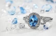 Geoffrey's Diamonds - Where the Bay Gets Engaged. A Guide to November Birthstone Topaz Gemstone