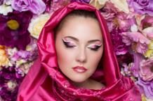 Islamic Fashion Defines Modesty & Fashion in a Unique Way