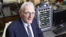 John Goodenough becomes oldest Nobel Prize winner at 97