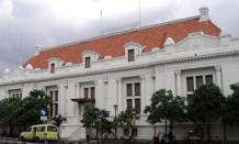 Wisata sejarah Perbankan Indonesia di Museum De Javasche Bank Surabaya