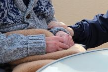 Why to Choose Affordable Home Care for Best Care for seniors?