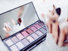 Tips to know before pursuing an online beautician course to become a beauty Expert | OTE