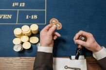 5 Psychological Tricks That a Gambler Can Use to Show Others They Have a Winning Hand   JeetWin Blog