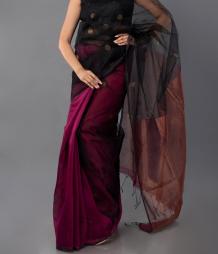 The Luxury of a Linen HandLoom Saree   hutsandloom
