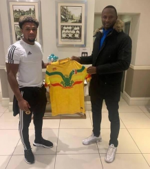Wolves winger Adama Traore to represent Mali instead of Spain