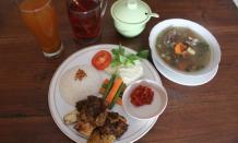 Tempat Makan di Solo Paling Enak & Murah