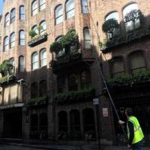 Hire expert Window cleaning services in Kensington